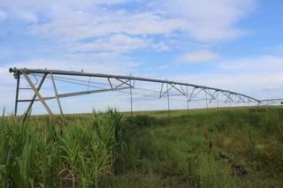 Lindsay Irrigation Pivot system 1289ft.some damage