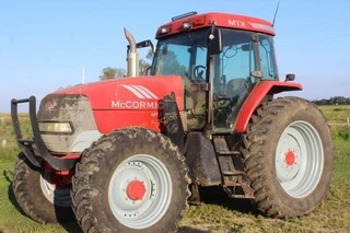 McCormick MTX 120 with loader & grapple