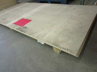 MAPLE PLK MDF VENEER SHEET GOODS