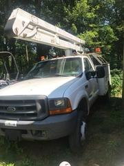2000 F450 bucket truck, 43' working height, 130k miles