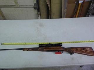 Winchester model 70 - 30-06 Springfield w/ Leupold