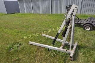 Larin 2-ton engine hoist