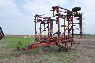 CaseIH 5700 40' Chisel plow
