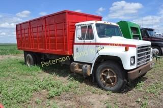 1980 IH S1800 truck