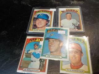 1972 Topps Baseball Cards...