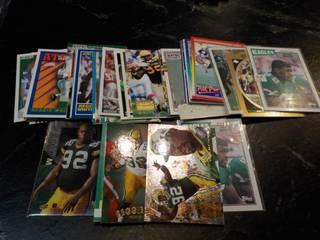 50 Reggie White Cards...