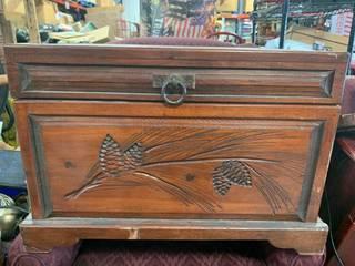 Vintage Dresser 25 1/2