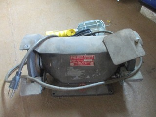 BENCH GRINDER / NEW TROUBLE LIGHT