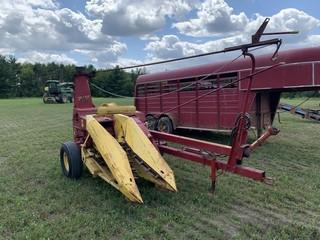 New Holland 719 chopper w/1 row corn head