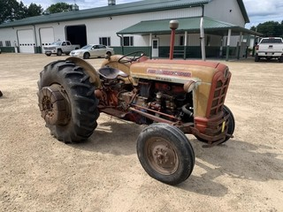Ford 801 Select-O-Speed Tractor