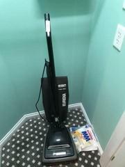 Eureka Boss Vacuum w/Bags