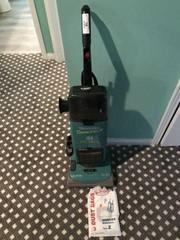 Hoover Power Max II Vacuum