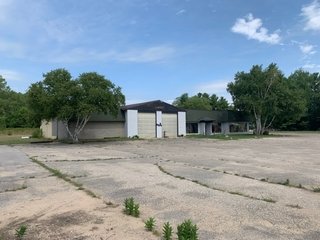 Commercial Real Estate on US-31 Hwy