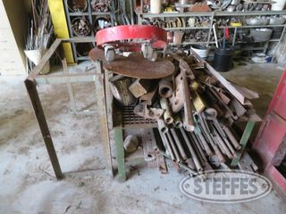 Steel welding table and misc iron 0 JPG