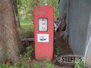 Vintage fuel pump 0 JPG