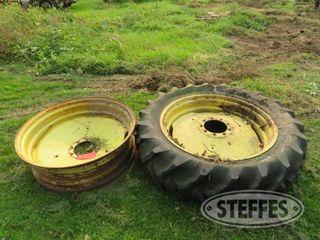 2 John Deere wheels 36 0 JPG