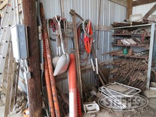 Snow fence scoop shovels misc steel ext cords hyd hose ext 0 JPG