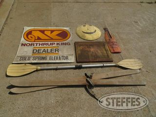 Vintage signs Hires Northcup King International Sugared Feeds 0 JPG