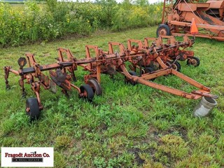 Allis-Chalmers 4 Row 38 mounted corn cultivator