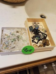 VERY NICE NECKLACE / CHARM LOT