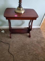 NICE 2 TIER ACCENT TABLE