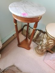 WOOD LEG MARBLE TOP ACCENT TABLE