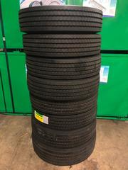 New GRIZZLY Lot of 8 x 16 Ply 255/70R22.5