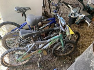 LOT OF KIDS BIKES