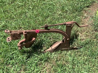 1 ROW BREAKING PLOW