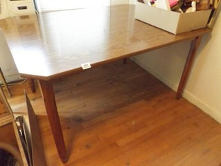 Dining Table  laminate Top  1 leaf