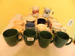Cup Mug Assortment   17  1 Pitcher