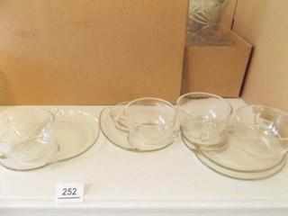 Snack Trays  Glass    4