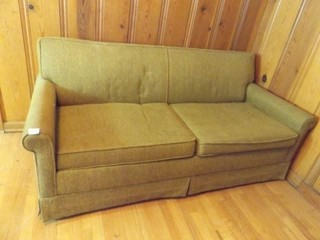 Simmons Sleeper Couch
