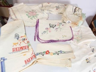 Embroidered linens  10