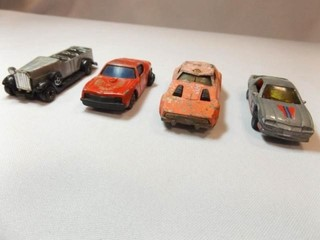 Toy Cars  4  S M  leaping