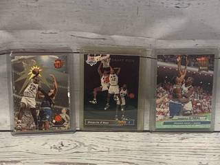 Lot of 3 1992-93 Topps Shaquille Shaq O'Neal Rookie Card