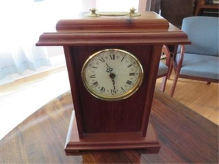 Mantal Clock Battery operated