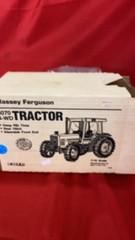 MASSEY FERGUSON 4 W D TRACTOR