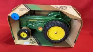 1949/1954 JOHN DEERE MODEL R TRACTOR