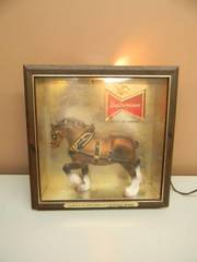 VINTAGE BUDWEISER BEER CLYDESDALE HORSE LIGHTED SIGN SHADOW BOX - WORKS! - GREAT PIECE! - SEE PICTURES!