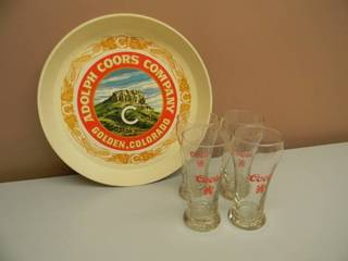VINTAGE COOR'S BEER TRAY WITH 4 VINTAGE COOR'S BEER GLASSES - SEE PICTURES!