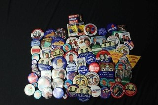 Approx. 125 assorted political buttons