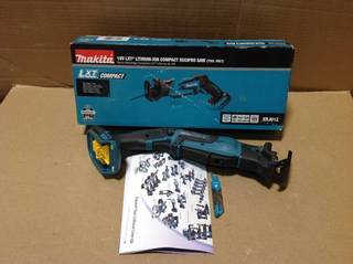 18-Volt LXT Lithium-Ion Cordless Variable Speed Lightweight Compact Reciprocating Saw with Built-in LED (Tool-Only) in good condition