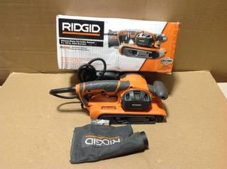 6.5 Amp Corded 3 in. x 18 in. Heavy-Duty Variable Speed Belt Sander with AIRGUARD Technology in good condition