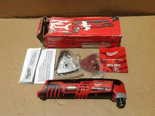 M12 12-Volt Lithium-Ion Cordless Oscillating Multi-Tool (Tool-Only) in good condition