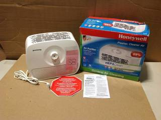 Honeywell HEPA-Type Tabletop Air Purifier in good condition