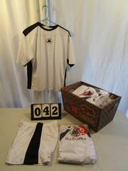 Short/Shirt Sets - Mazamba - White/Black Trim