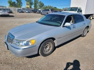 1999 LINCOLN TOWN CAR 152000 KMS