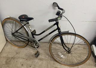 Collegiate Schwinn Bicycle 26