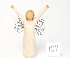 Willow Tree Figurine - Title is Courage